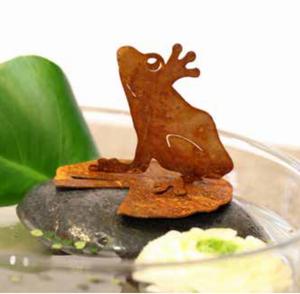 Bilde av Frosk silhuett på vannliljeblad